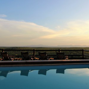 pic-0-mopaya-safari-lodge-in-balule-big-5-open-to-kruger